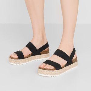 Steve Madden Cybell Platform Sandals